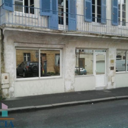 Location Local commercial Niort 76,61 m²