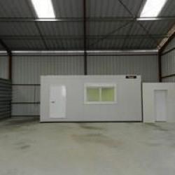 Location Local d'activités Satolas-et-Bonce 140 m²