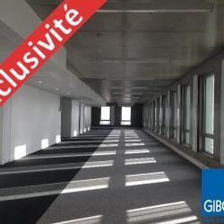 Vente Bureau Angers 4776 m²