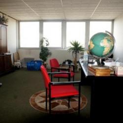 Location Bureau Le Thillay 35 m²