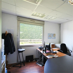 Vente Bureau Brindas 112 m²