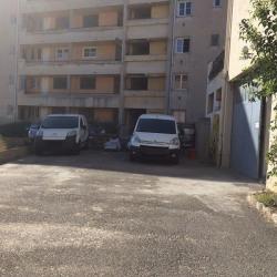 Location Local d'activités Saint-Laurent-du-Var 230 m²