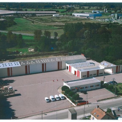 Vente Local commercial Sancoins 3000 m²