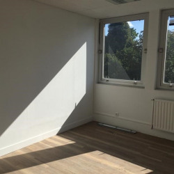 Location Bureau Le Chesnay 38 m²