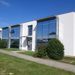Location Bureau Saint-Cyr-sur-Loire 91 m²