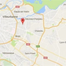 Location Local d'activités Vaulx-en-Velin 2144 m²
