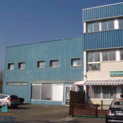 Location Local commercial Trappes 409,48 m²
