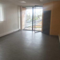Location Bureau Hénin-Beaumont 70 m²