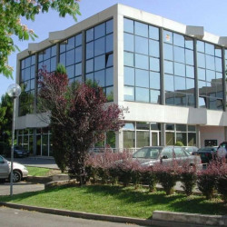 Location Bureau Aix-en-Provence 592 m²