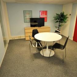 Location Bureau Courbevoie 68 m²