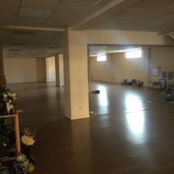 Location Local commercial Dijon 1070 m²