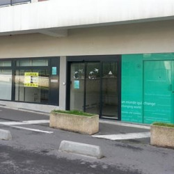 Location Local commercial Fresnes 156 m²