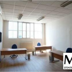 Location Bureau Vaulx-en-Velin 51 m²
