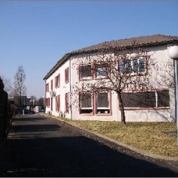 Location Bureau Limas 177 m²