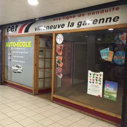 Location Local commercial Villeneuve-la-Garenne 35 m²