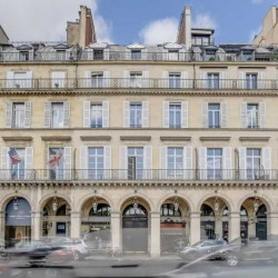 Vente Bureau Paris 1er 75 m²