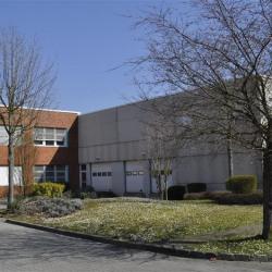 Location Bureau Goussainville 3242 m²