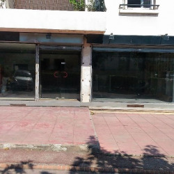 Location Local commercial Marseille 7ème 120 m²
