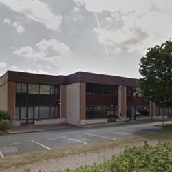 Location Bureau Voisins-le-Bretonneux 108 m²