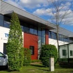 Location Entrepôt Lisses 2393 m²