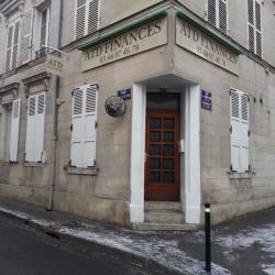 Location Bureau Compiègne 63 m²