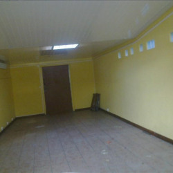 Location Local commercial Le Tampon 38 m²