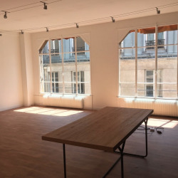 Location Bureau Paris 8ème 51 m²