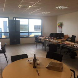 Location Local d'activités Ennery 358,5 m²
