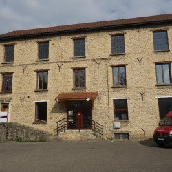 Vente Local commercial Bourgoin-Jallieu 1182 m²