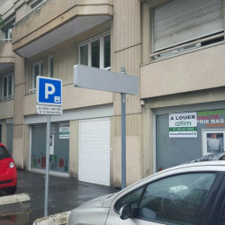 Location Local commercial Chaville 187 m²