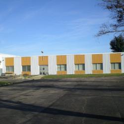 Location Local commercial Saint-Florent-sur-Cher 804 m²