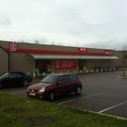 Location Local commercial Autun 1260 m²