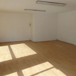 Location Local commercial Melun 221,68 m²