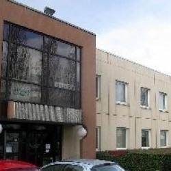 Location Local d'activités Coignières 2066 m²