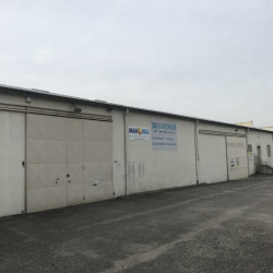 Location Entrepôt Toussieu 700 m²