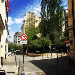 Location Local commercial Paris 2ème 40 m²