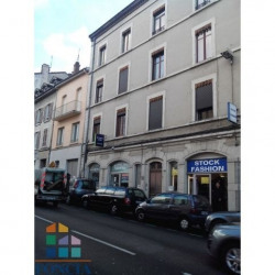 Location Local commercial Vienne 78,76 m²