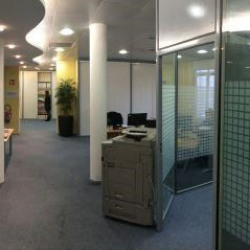 Location Bureau Tours 281 m²
