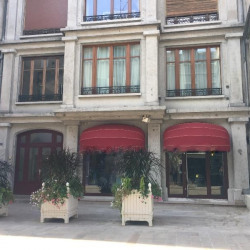Location Local commercial Dijon 342 m²