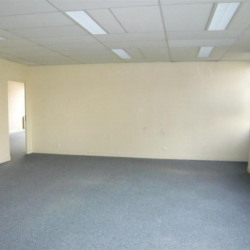 Vente Bureau Mont-Saint-Aignan 745 m²