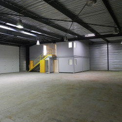 Location Entrepôt Vert-Saint-Denis 308 m²