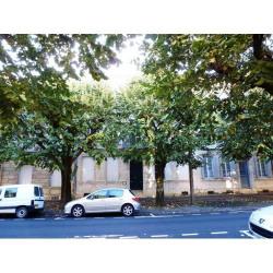Location Bureau Agen 95 m²