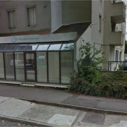 Location Local commercial Trappes 239 m²
