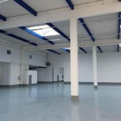 Location Entrepôt Créteil 3083 m²