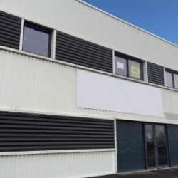 Location Bureau Chartres-de-Bretagne 90 m²