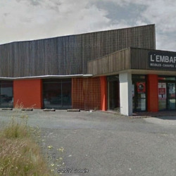Location Local commercial Vannes 588 m²