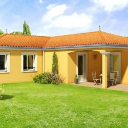 Maison  4 pièces + Terrain  789 m² Azé