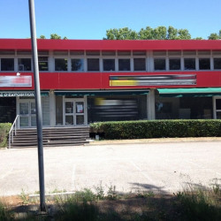 Location Local commercial Lattes 74 m²