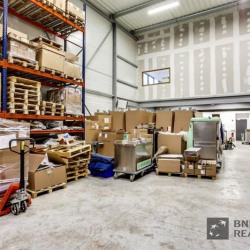 Location Local d'activités Bussy-Saint-Georges 360 m²