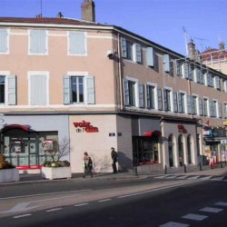Location Bureau Bourg-en-Bresse 72,5 m²
